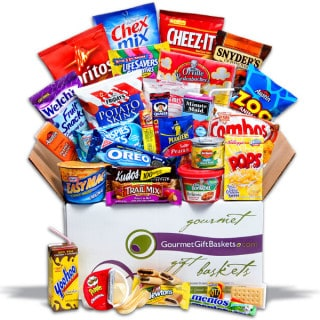 GourmetGiftBaskets.com ~ Midnight Snack Care Package #Giveaway
