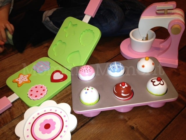 Wooden Baking Set from CP Toys #giveaway