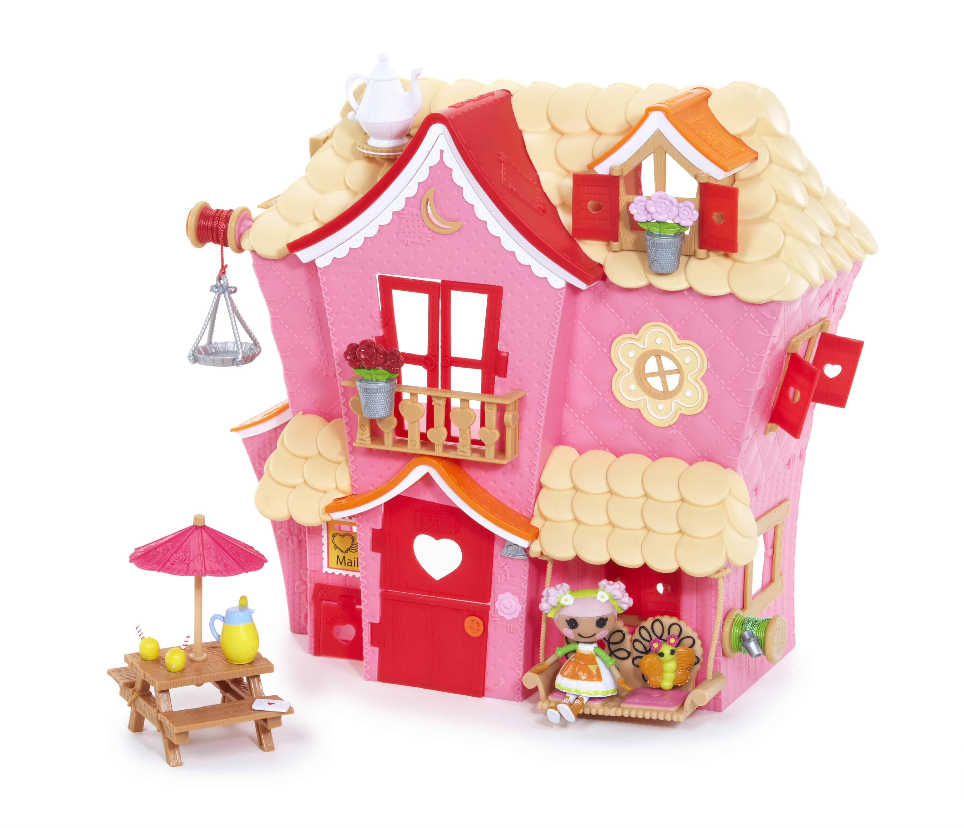 Lalaloopsy Sew Sweet House Playhouse Front Mommy Moment