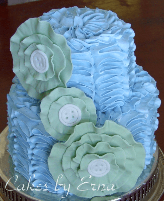 How to make a Ruffle Cake : Mommy Moment