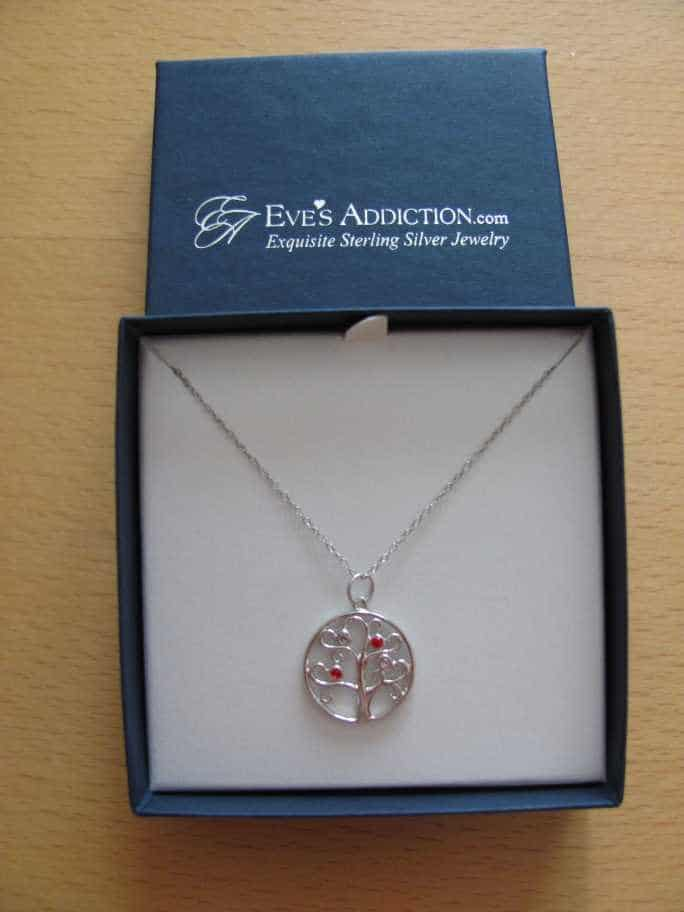 Treat Mom to Jewelry From Eves Addiction.Com #giveaway