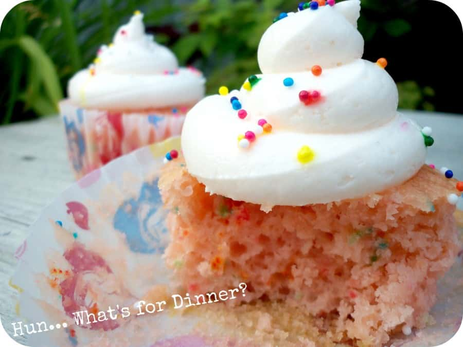 Pink Lemonade Confetti Cupcakes - Mommy Moment