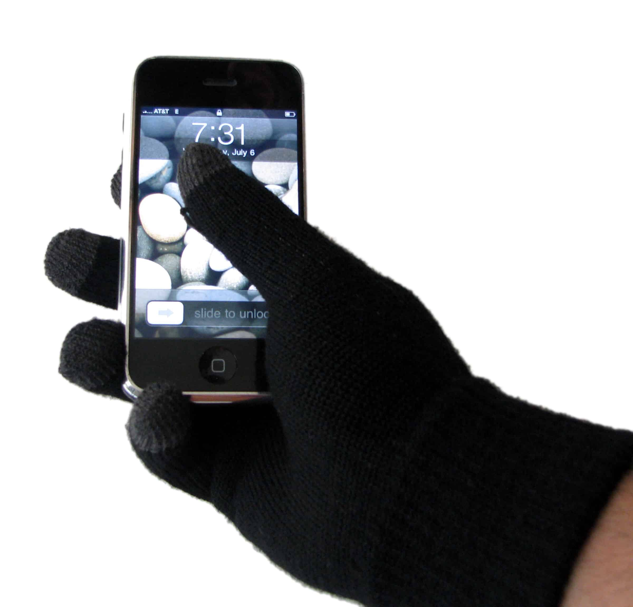 Stay Connected on your Smart Phone with Swypegear Texting Gloves #MommyMomentGifts #Giveaway