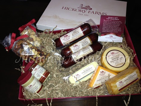 Make a New Tradition with Hickory Farms #Giveaway