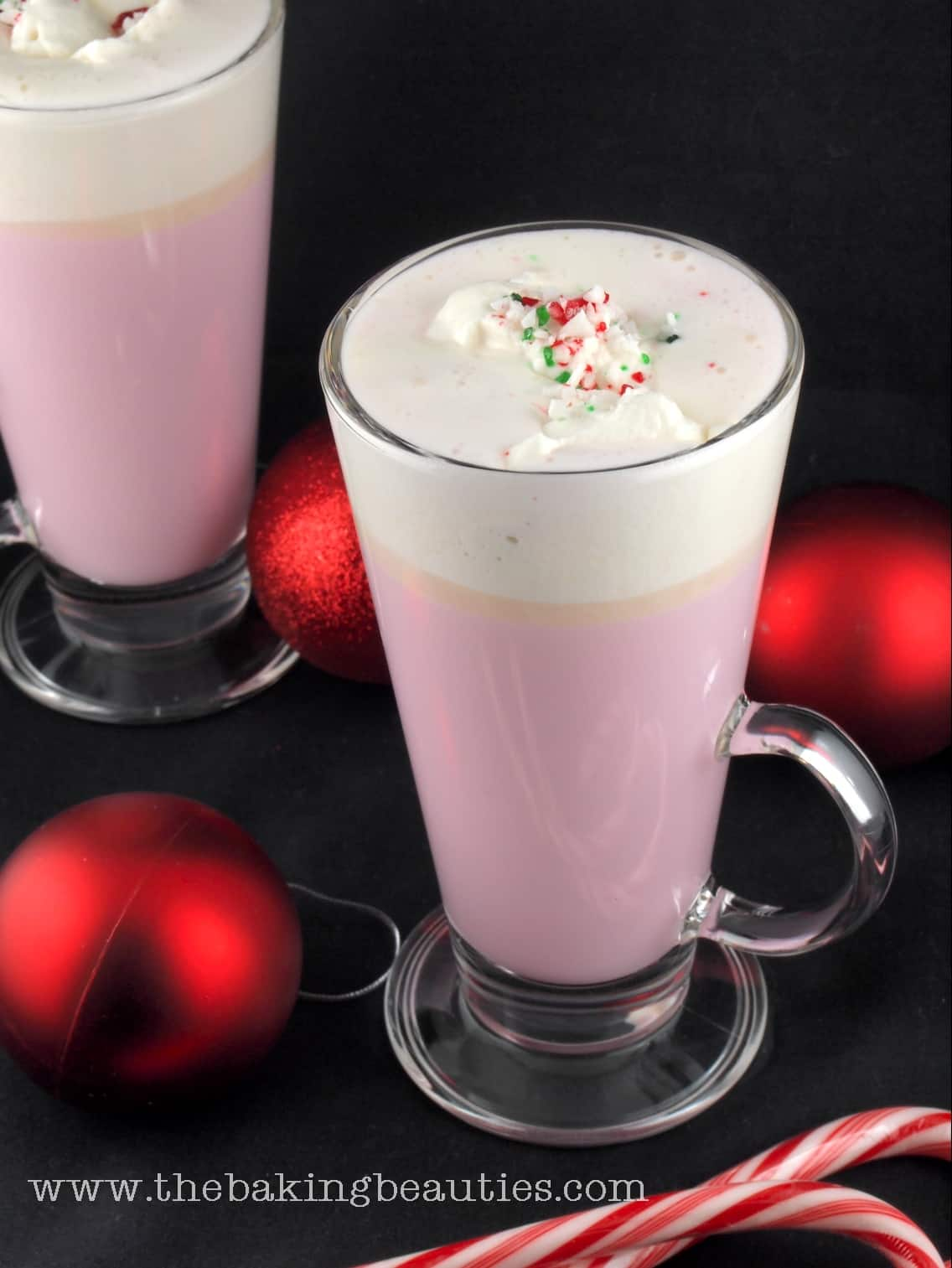 Candy Cane White Hot Chocolate #Recipe