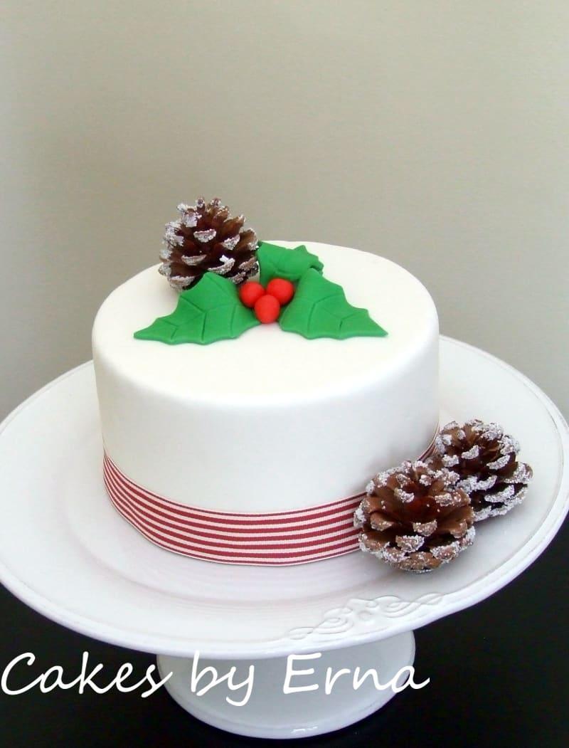 Christmas Cake #CakesbyErna