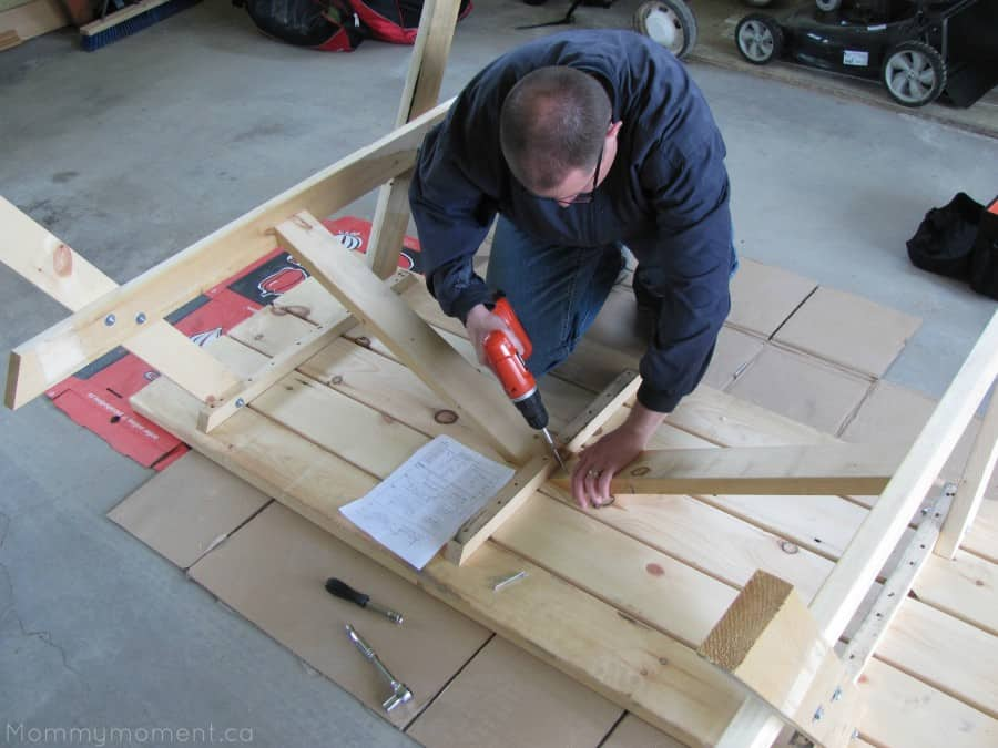 building the picnic table