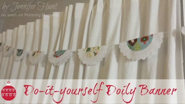 Diy doily banner archives mommy moment diy christmas banner solutioingenieria Image collections