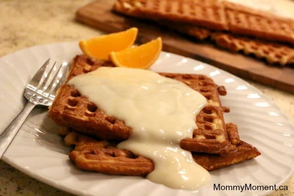 waffles and white sauce