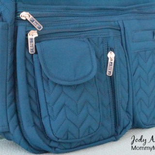 Lug Double Dutch Cross Body Messenger & Quick-Step Wallet {giveaway}