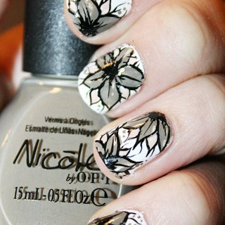 Flower Nail Art ~ Meg's Nails
