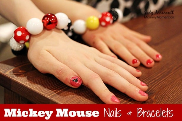 Mickey-Mouse-Nail-Design