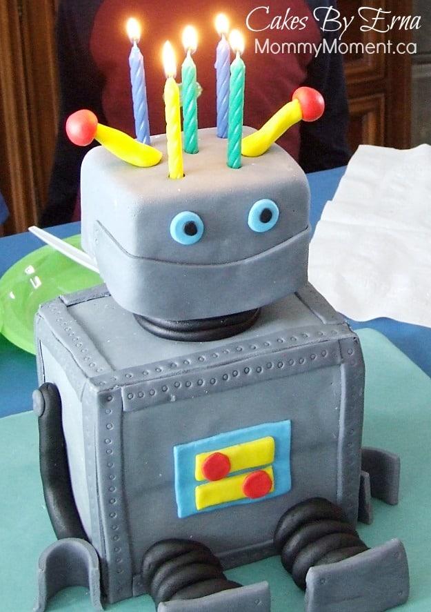 robot-birthday-cake