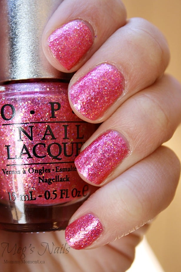 5 Beautiful Nail Designs For The Holidays