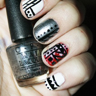 A Christmas Spin on Tribal Nails