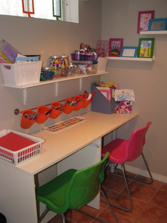 Organizing ideas for kids rooms and spaces - Kid desks for small spaces collection ...