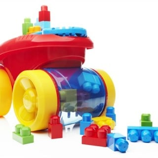 Mega Bloks Scooping Wagon – a classic toy with a twist! #31DaysOfGifts #giveaway {CAN}