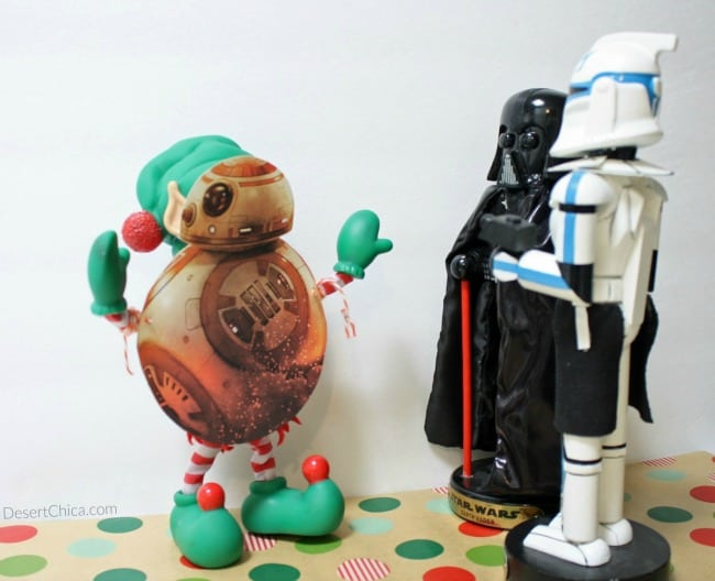 BB-8-Elf-meets-Darth-and-Dark-Side