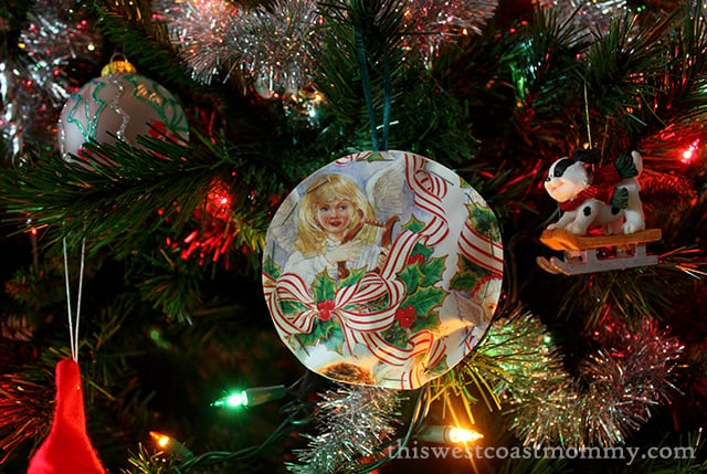 ornaments-on-tree