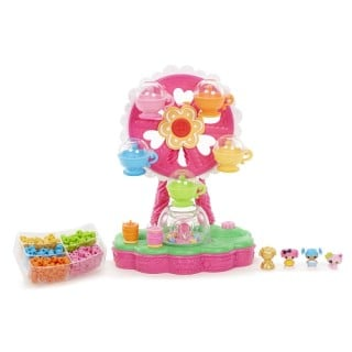 Lalaloopsy Tinies Jewelry Maker Playset allows your little ones to create their very own jewelry! #31DaysOfGifts #giveaway {CAN}