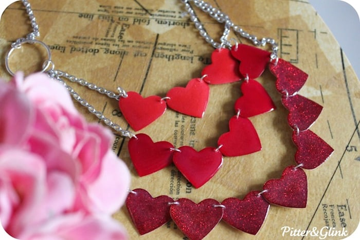 DIY-ombre-heart-necklace-for-Valentines-Day