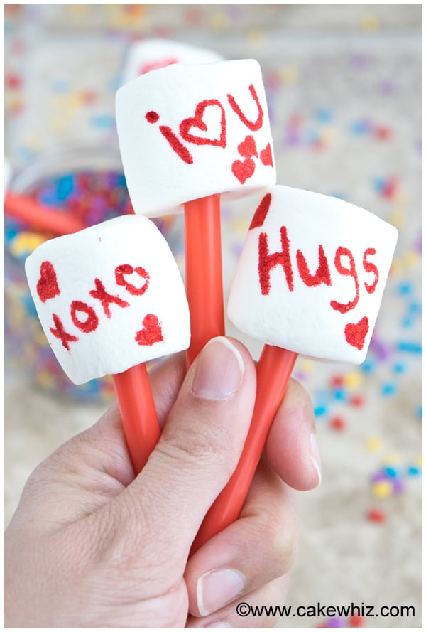easy-valentines-day-marshmallow-pops-2