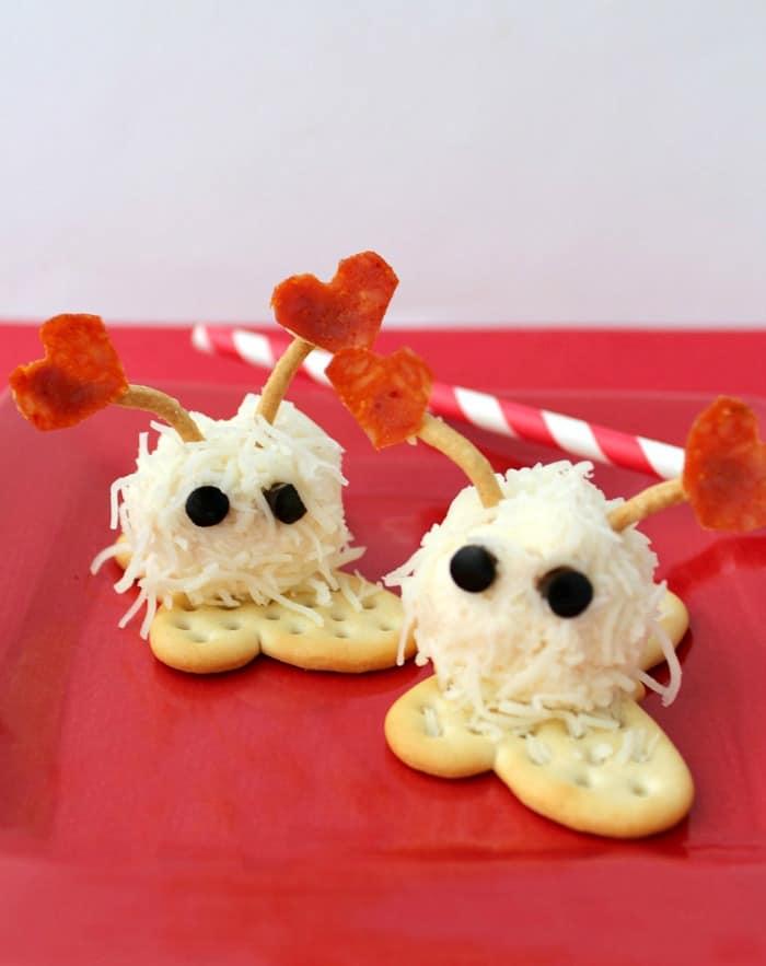 mini-cheese-ball-snacks