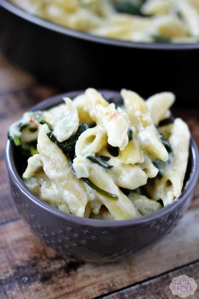 one-pot-spinach-artichoke-pasta-11