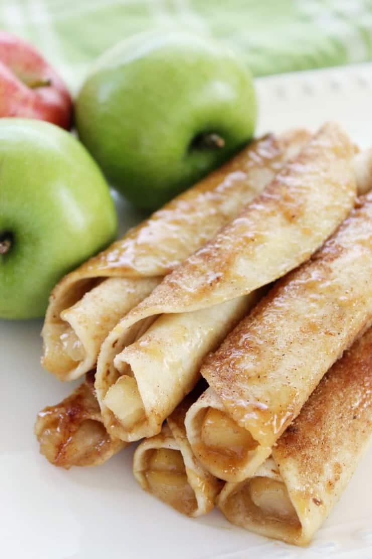 Caramel-Apple-Taquitos