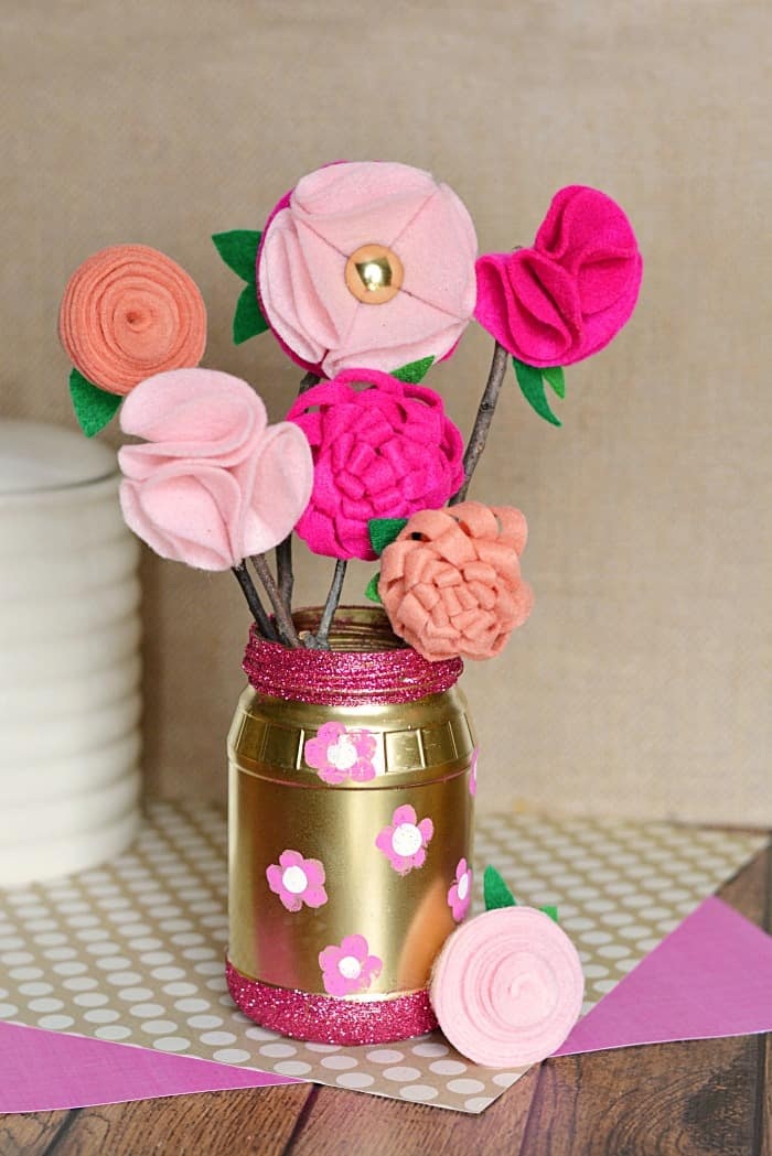 DIY Glitter Jar and Felt Flowers