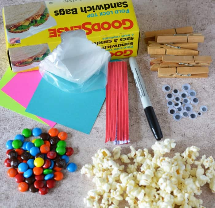 Ingredients and materials needed to make Fish Snack bags for kids