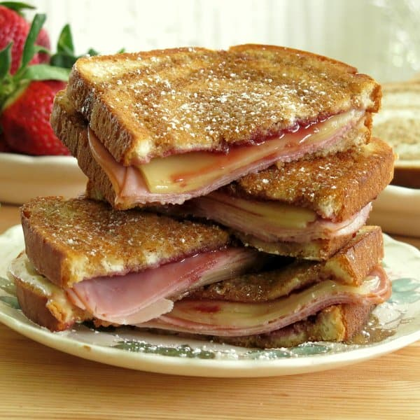 Monte-Cristo-Grilled-Cheese-Sandwich-IMG_1988