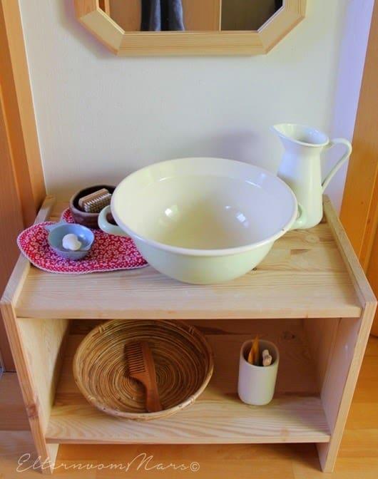 Montessori comb image
