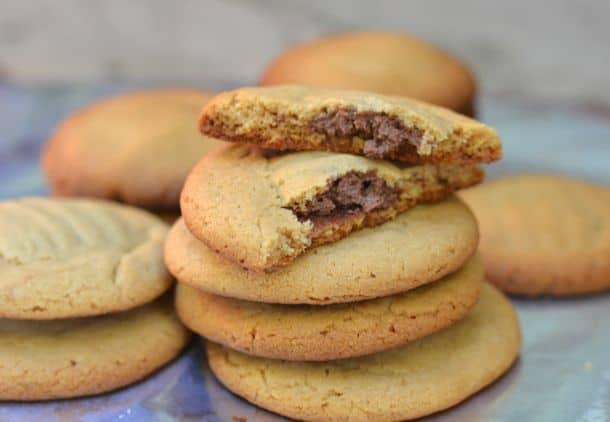 peanut butter chocolate lava cookie