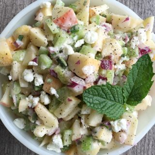 APPLE GOAT CHEESE SALAD