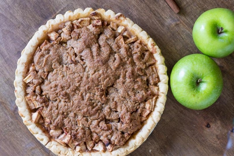 Fully-Baked-Pie-Dutch-Apple-Pie-Recipe-gardenmatter.com_-800x533