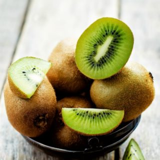 6 REASONS TO EAT A KIWI + KID FRIENDLY KIWI CONE RECIPE