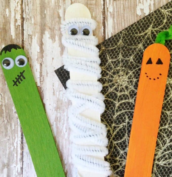 stick-puppets-halloween-mommymoment.ca