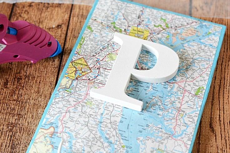 pallet-key-hook-letter