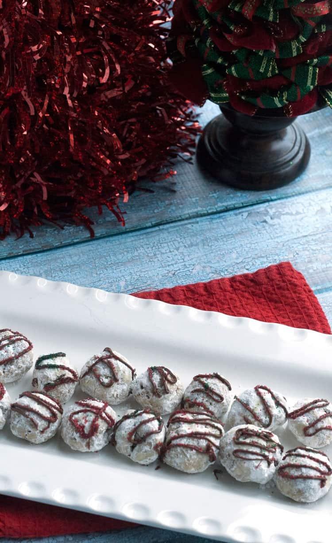 snowball-cookie-recipe-powdered-sugar