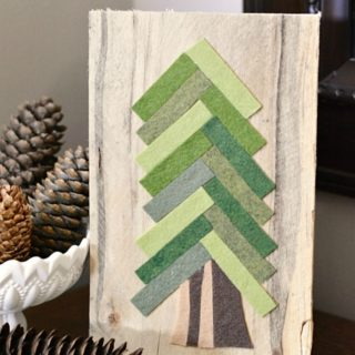 DIY CHRISTMAS FELT PINE TREE
