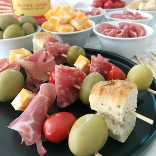 ANTIPASTO KABOBS WITH OLIVES FROM SPAIN – A FUN APPETIZER FOR KIDS