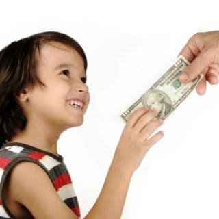 ALLOWANCE FOR KIDS: WHAT ARE THE BENEFITS?