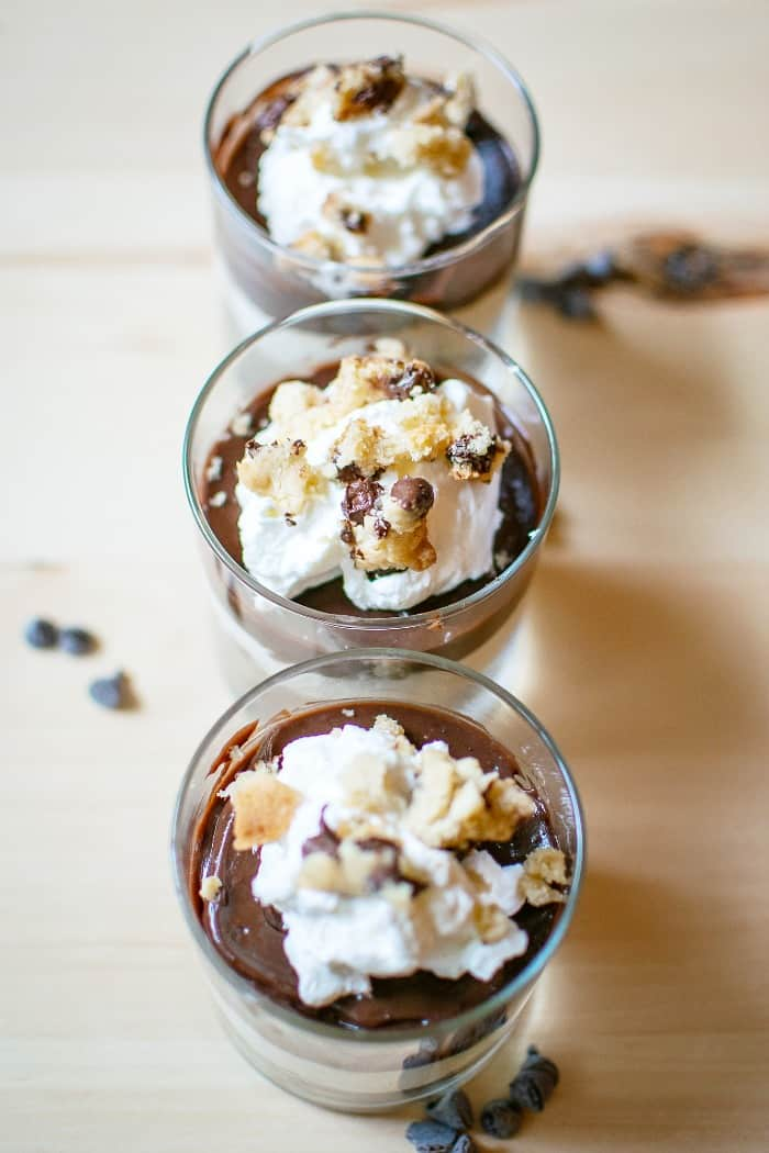 no bake mini cheesecake cookie parfaits
