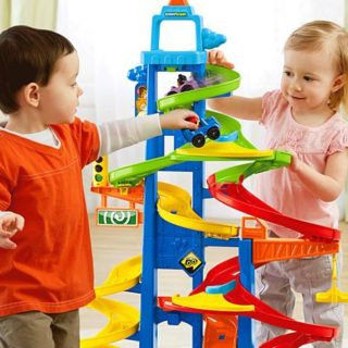 FISHER-PRICE LITTLE PEOPLE TAKE TURNS SKYWAY #31DAYSOFGIFTS