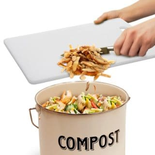 A GUIDE TO APARTMENT COMPOSTING
