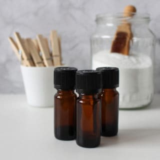 TOP ESSENTIAL OILS FOR HOME AND PERSONAL USE