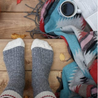 WAYS TO PRACTICE HYGGE IN FALL